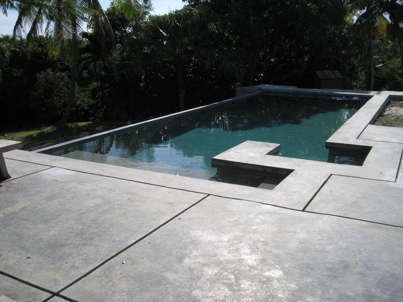 terrasse de piscine en beton 1 piscine Pinterest