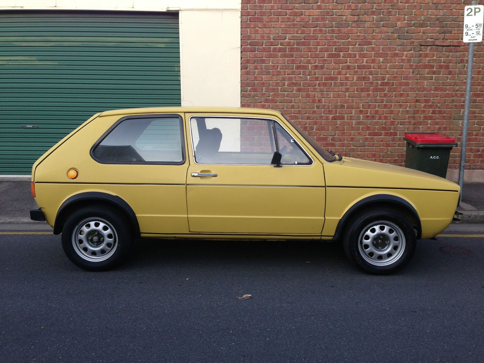 1976 VW Golf MK 1 Swallowtail Volkswagen in SA | eBay | Cars like ...