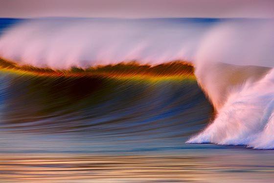 Stunning Long-Exposure Photographs of Golden Waves by David Orias