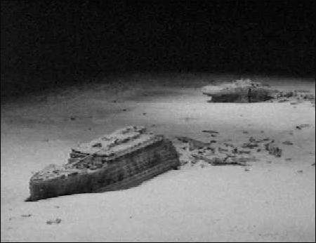 Titanic Underwater Bodies | nd the broken Titanic at the ...