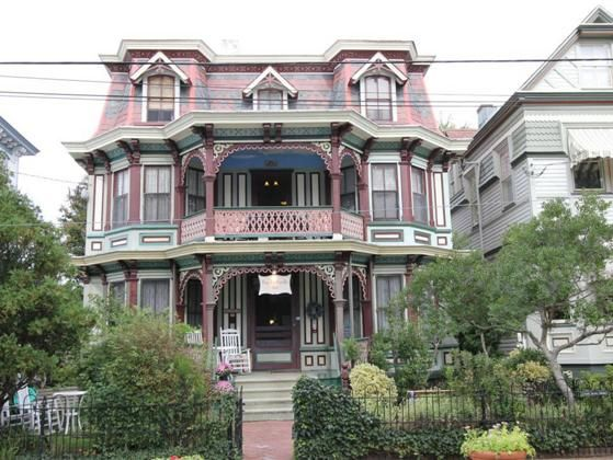 Poor Richards Inn Country Style Comfort Totally Charming Frommers Travel Guide A Wonderful Nine Guest Roomsome Are Suites Grand Victorian Bed And