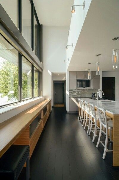 Modern home design in usa reflecting grandeur edgewater residence