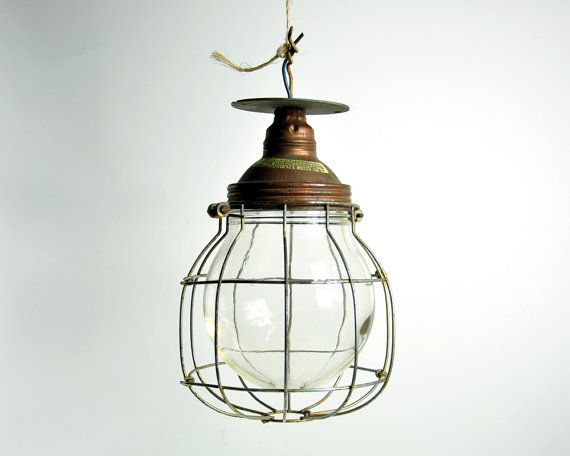 Plafoniere Industriali Vintage : Vintage industrial factory ceiling light fixture products we love