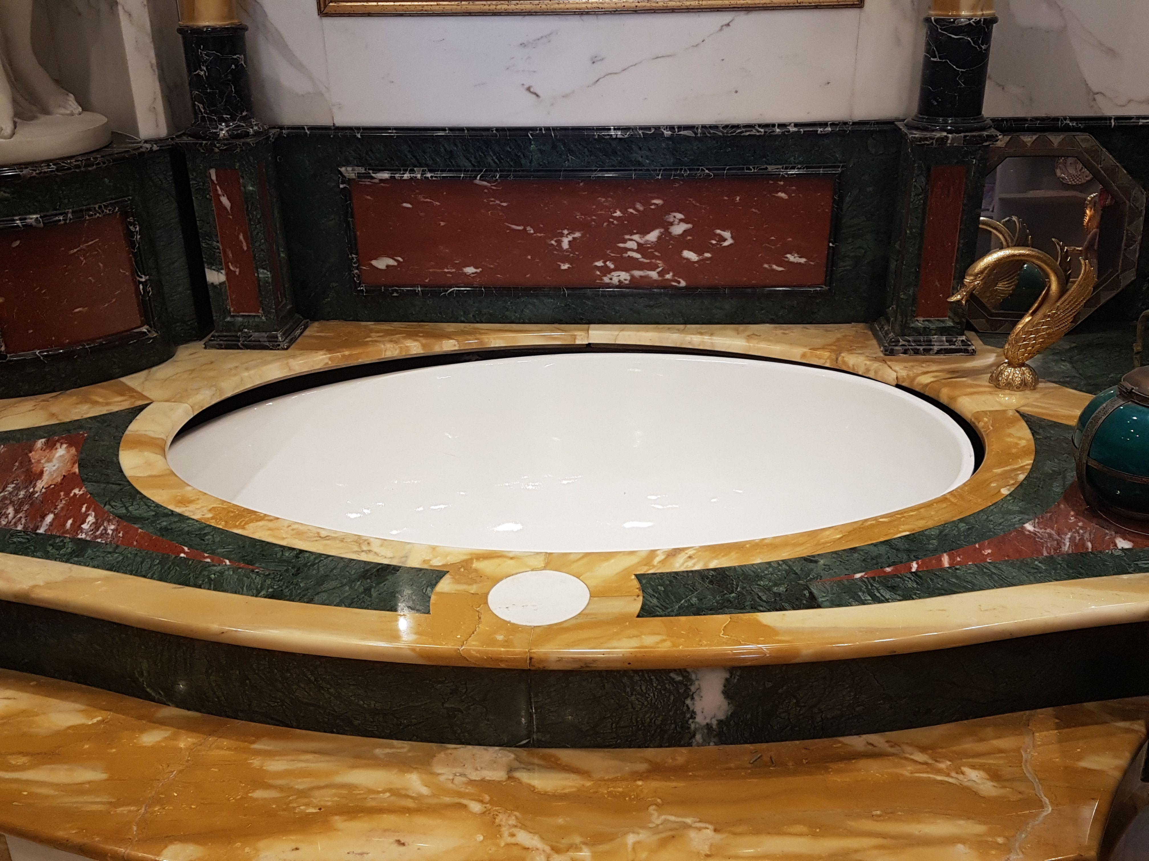 Vasca Da Bagno Oversize : Vasca da bagno in varie tipologie di marmo marmi pinterest