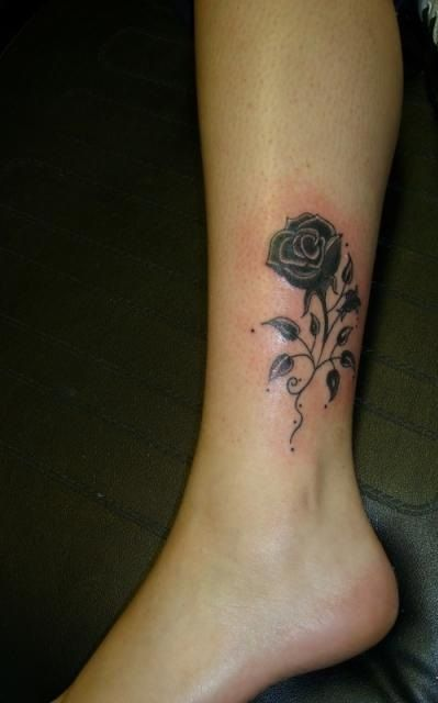 black rose ankle tattoo tattoo pinterest. Black Bedroom Furniture Sets. Home Design Ideas