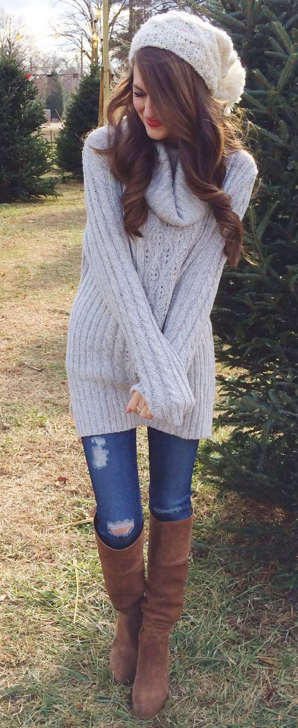 Cute~ my lt. mauve cable sweater, br suede boots, lt. toque ...