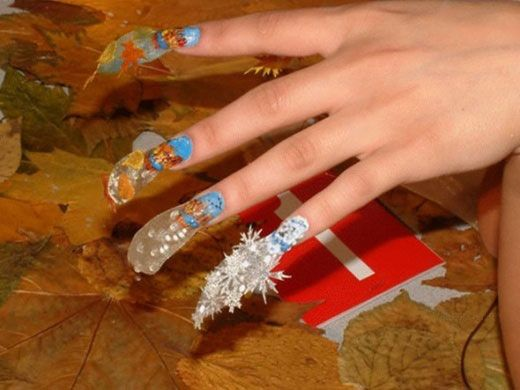 Image from http://www.blindloop.com/wp-content/uploads/2010/02/nail-polish-4.jpg.
