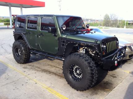 bad ass jeep wrangler on 40 39 s look like a pitbull with crimped ears jeeps oiiiiiiio jeep. Black Bedroom Furniture Sets. Home Design Ideas