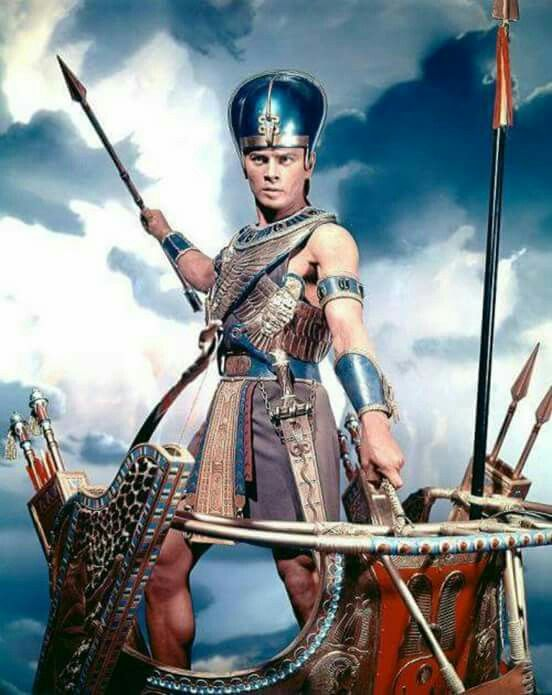 Here is another Yul Brynner character with whom I was in love - Rameses in The Ten Commandments