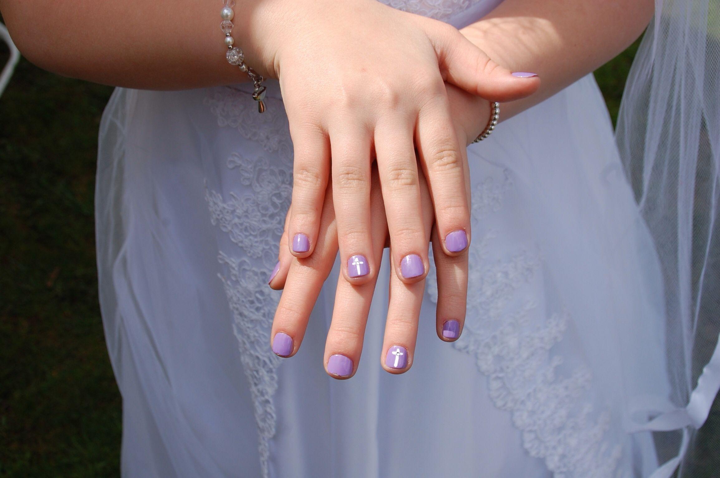1st communion manicure
