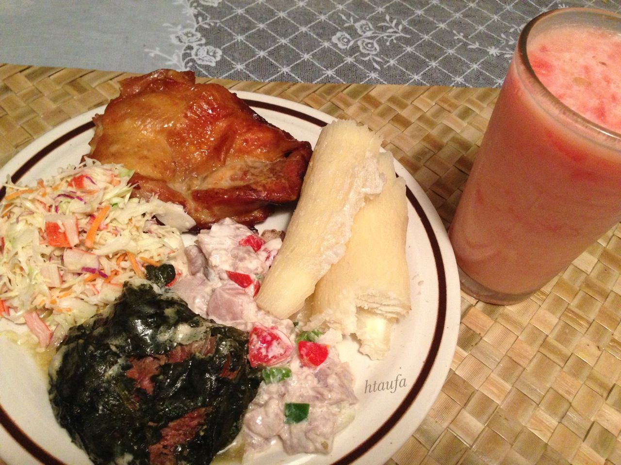 Lu kapapulu salati paka ota ika moa ta 39 o manioke moe for Moe s fish and chicken