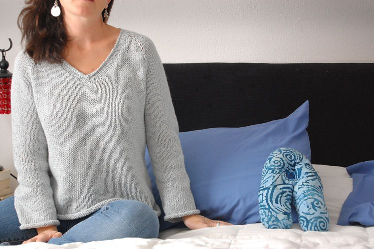 3ee3b36a091e Ravelry  Simple Summer Tweed Top Down V-Neck pattern by Heidi ...