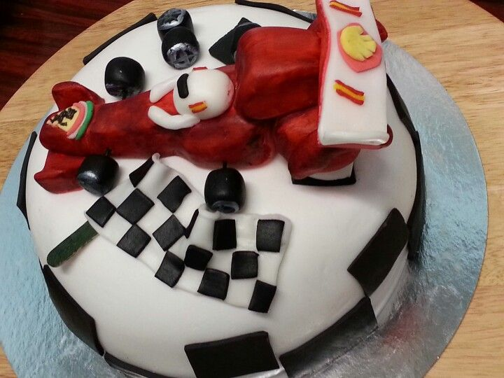 tarta de fondant dedicada a Fernando Alonso