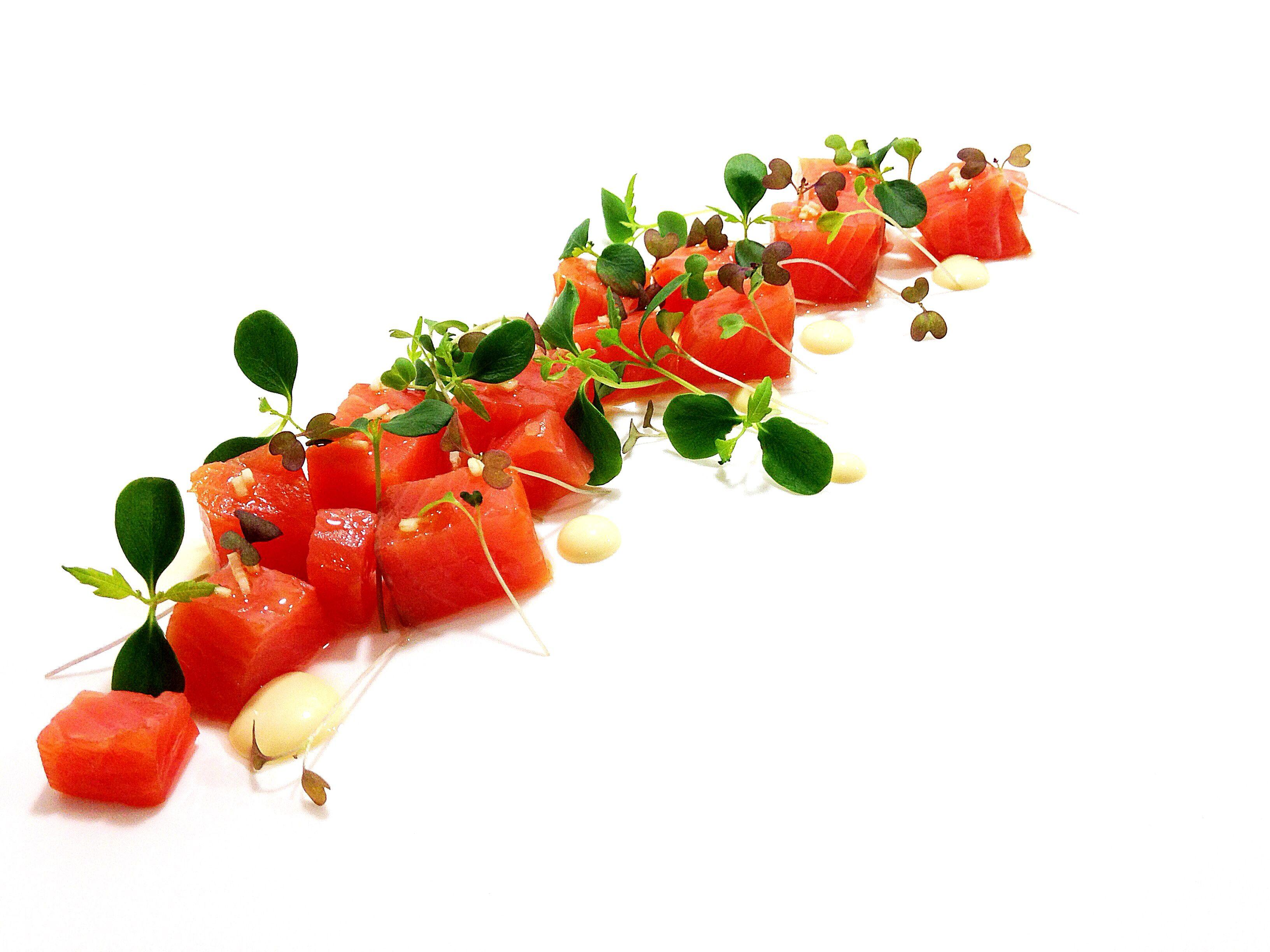 Salmon Ahumado, Germinados y Mahonesa de Eneldo / Smoked Salmon, Sprouts and Dill Mayonaisse