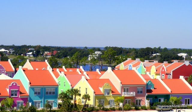 Bright Beach Cottages A Haunted House Beach Cottages Beach Bungalows Cottage