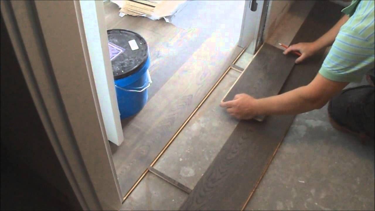 Flat Hardwood Floor Transition Installation Between Room And Walk In Closet Flooring Laminate Flooring Best Wood Flooring