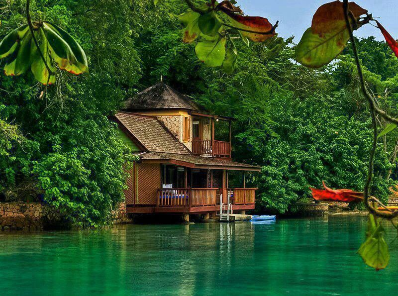 Beautiful secluded dream home future home ideas for Beautiful dream house pictures