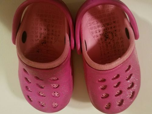 Toddler girls shoes size 4 - 5 Capelli