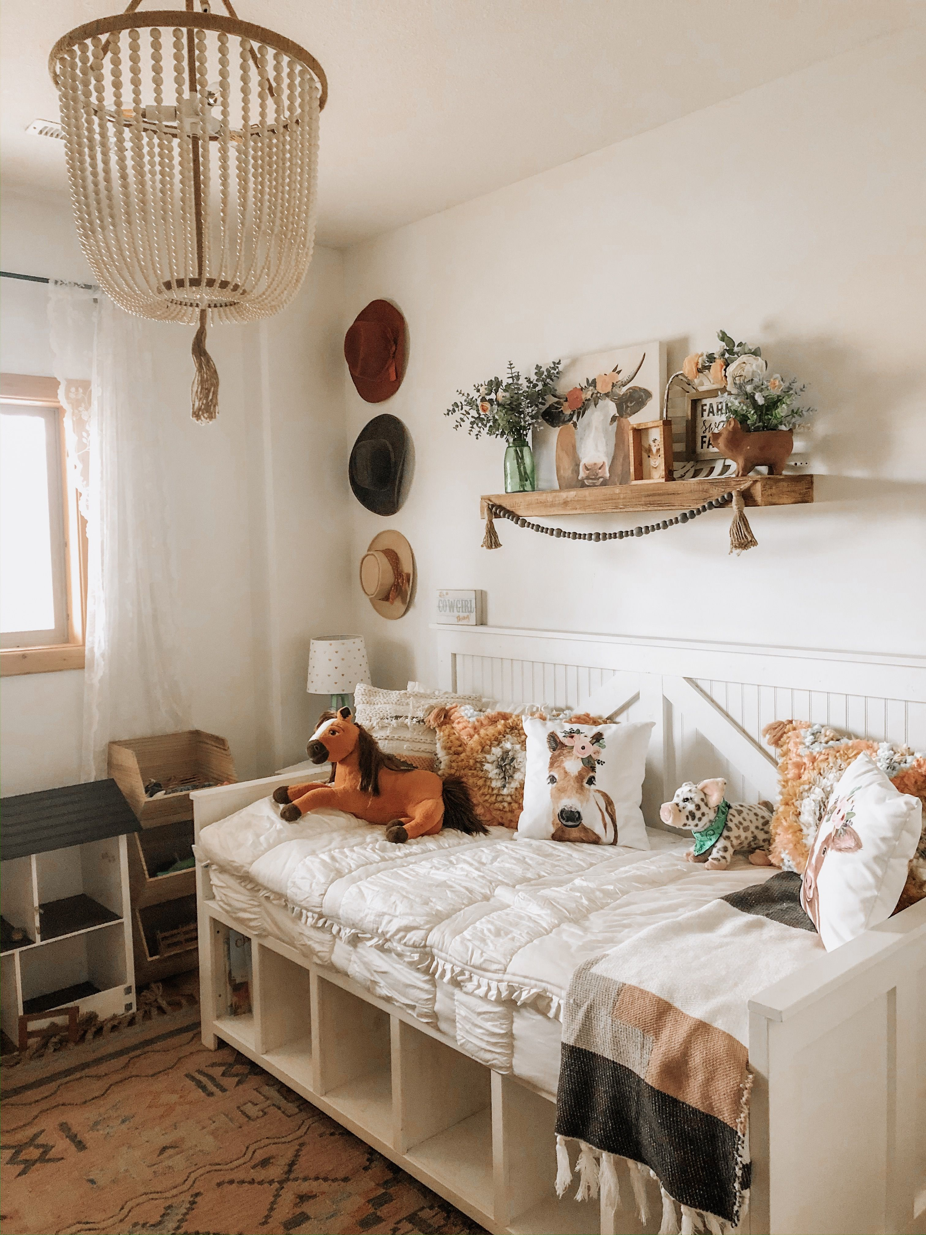 Cowgirl meets bohemian ranch style girls bedroom. (With