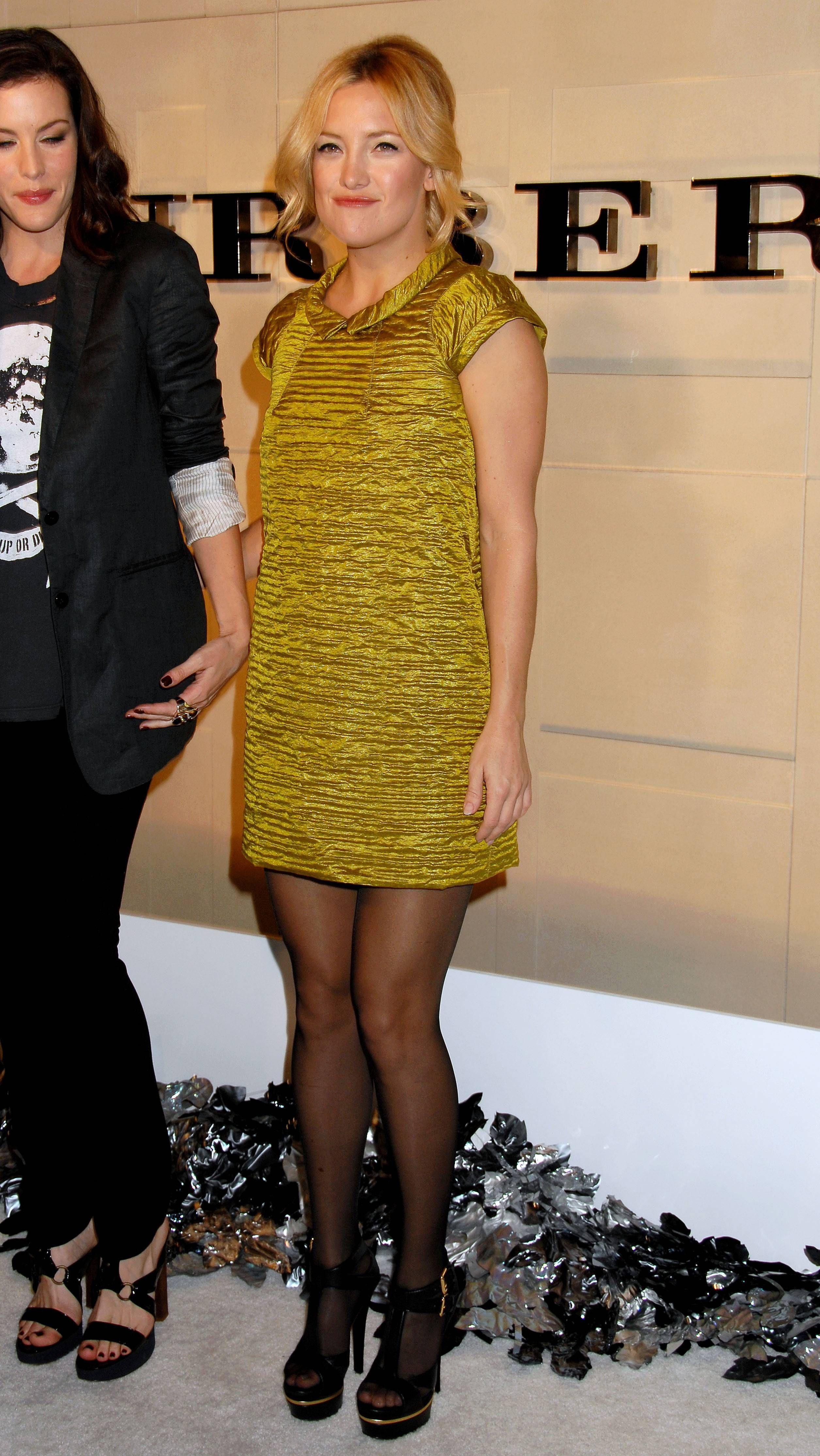 Kate Hudsons Feet Wikifeet Kate Hudson