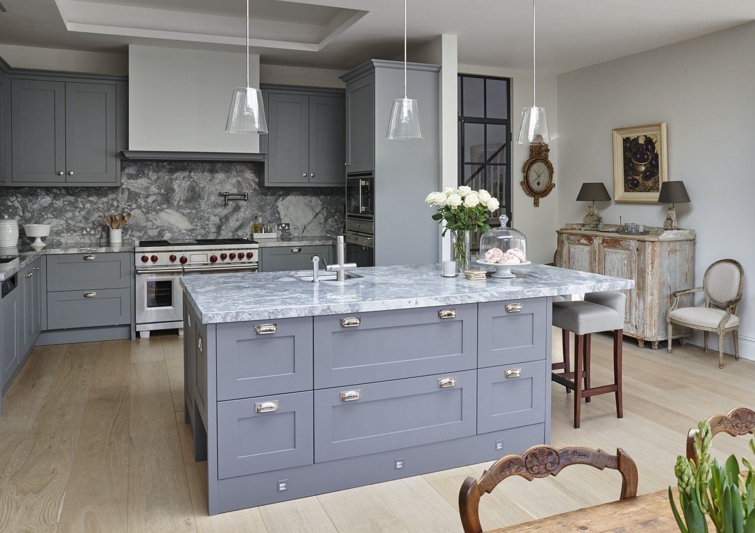 Legacy Kitchens | Gallery | Mowlem & Co | Kitchen gallery ...