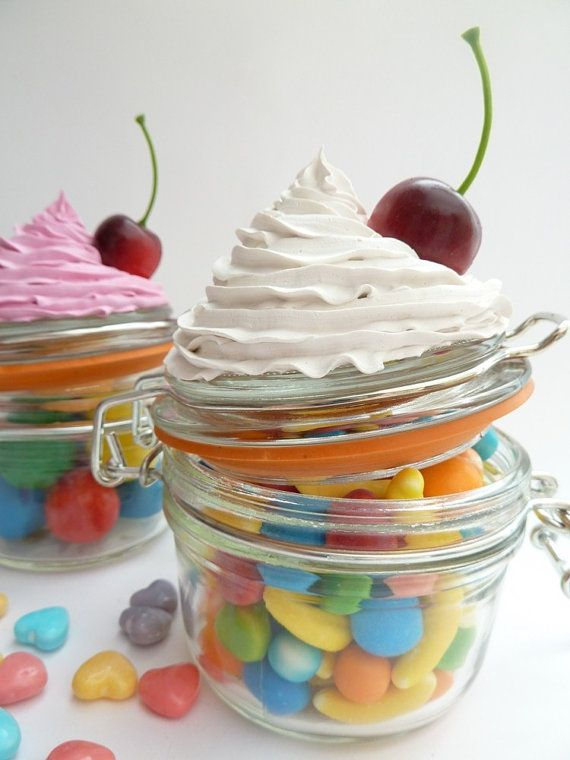 Pin By Leanne Hakikawa On Diy Crafts That I Love Fake Cupcakes Cupcake Crafts Cupcake In A Jar