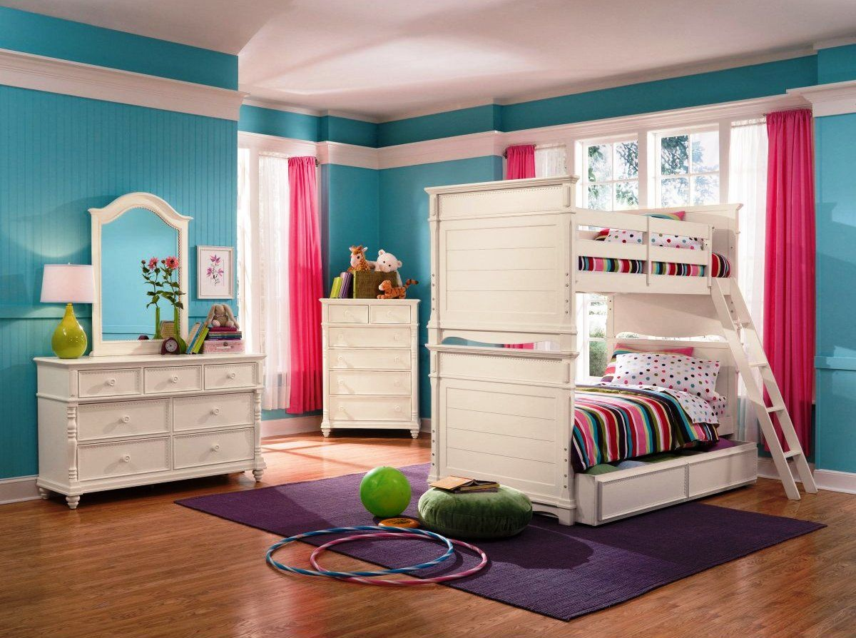 Colorful Kids Bedroom Design With White Wooden Bunk Bed Overlooking In Light Blue Wall Paint Color Pict Kids Bedroom Sets Girl Bedroom Designs Bedroom Design