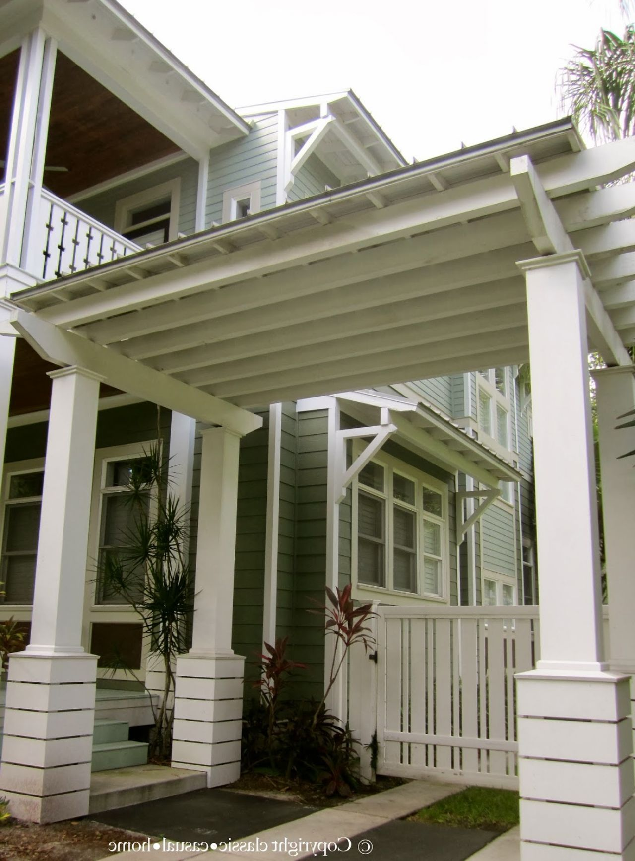Homes with porte cochere garage pinterest driveways for Porte cochere homes