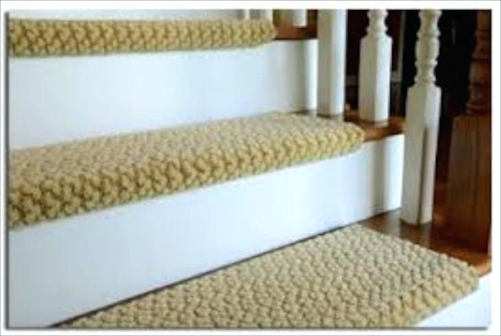 Best Carpet On Stairs Only Here The Carpet Is Tightly Attached 400 x 300