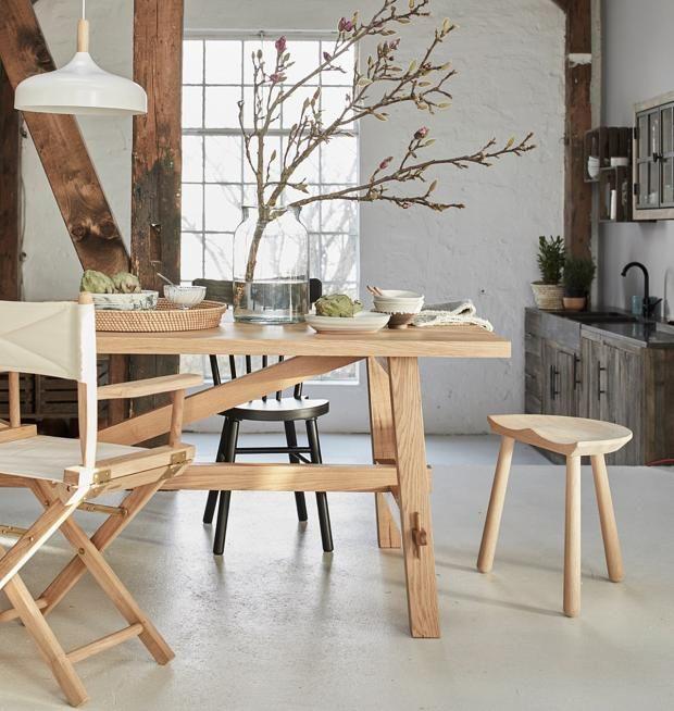 Möbel Und Accessoires Im Modernen Landhausstil: Hölzern