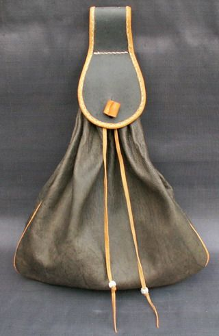 Karl has great bags at great prices. - 16th Century Mans Belt Bag