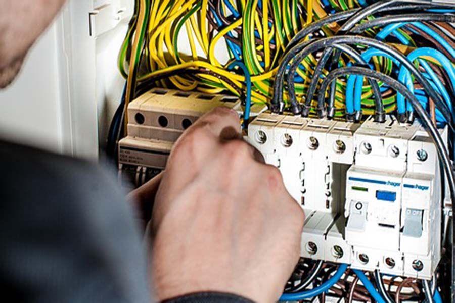 Electrician repair service london emergency electrician
