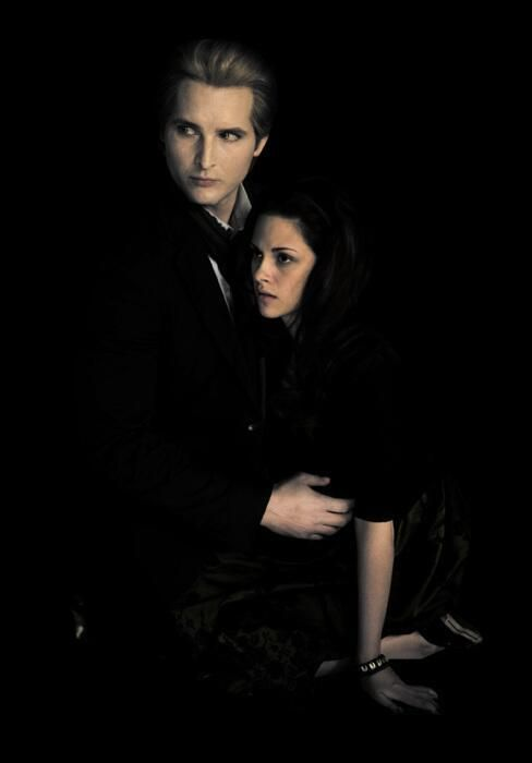 """""""Carlisle was the only one who stayed calm."""" #5YearsOfNewMoon"""