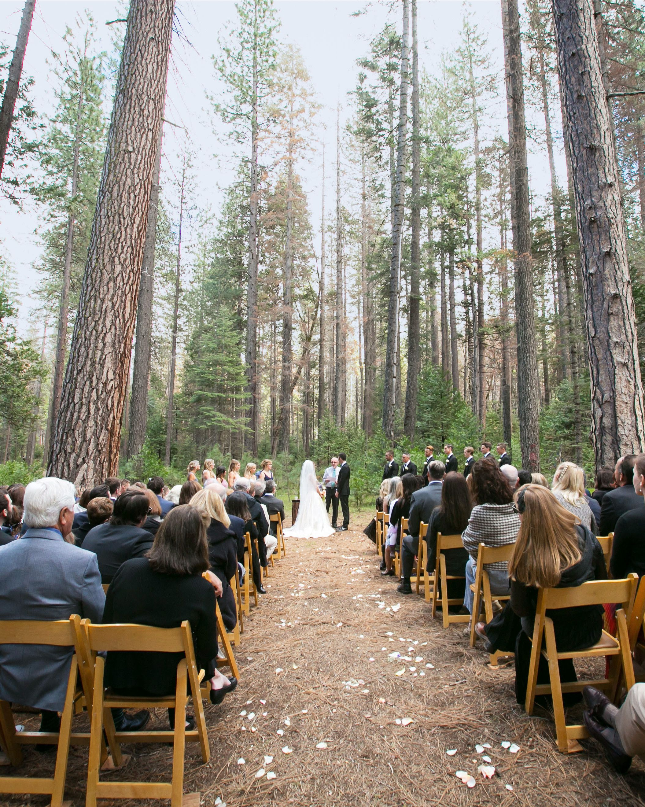 These Gorgeous Mountain Wedding Venues Will Blow You Away Wedding Locations California Mountain Wedding Venues Mountain Wedding