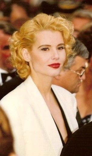 I Think Geena Davis Blonde Curls And Bold Makeup In The 90s Was