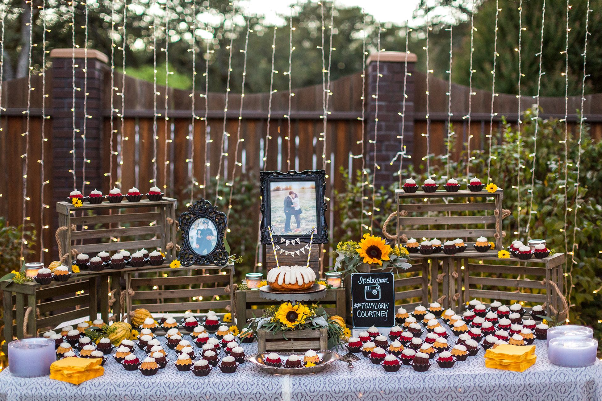 Bunt cake wedding with buntinis nothing bundt cakes ben