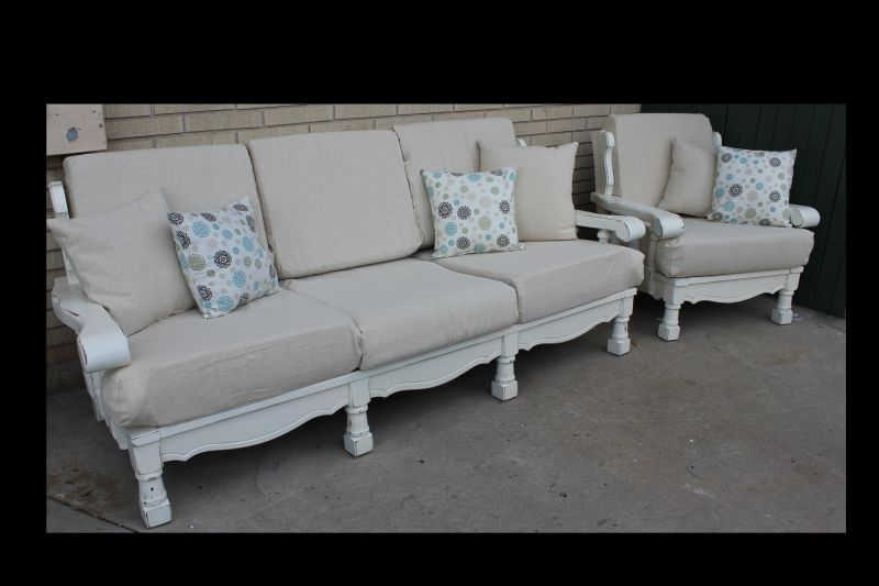 Old 70 S Lounge Furniture Painted And Reupholstered Sofa Makeover Furniture Couch Makeover