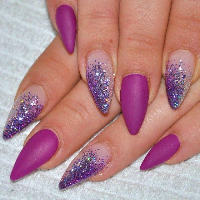 Violeta mate y purpurina | nails | Pinterest | Diseños de uñas, Uñas ...