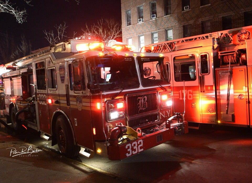 Fdny Engine 332 Bradford Street With Images Fire Trucks