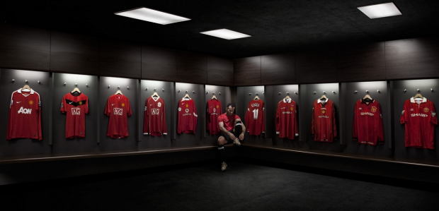 Ryan Giggs Dressing Room Ryan Giggs Manchester United Legends Manchester United Wallpaper