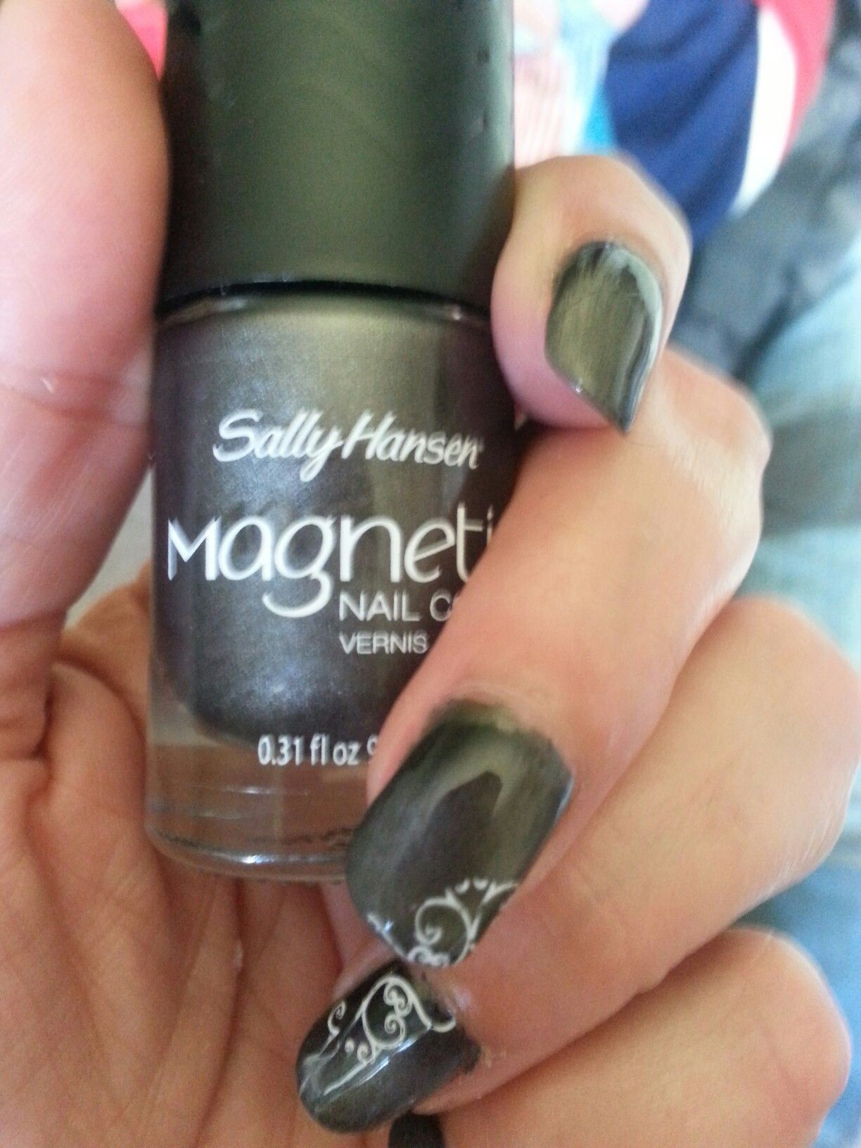 Sally Hansen Magnetic Nail Color In Graphite Gravity Stamped With