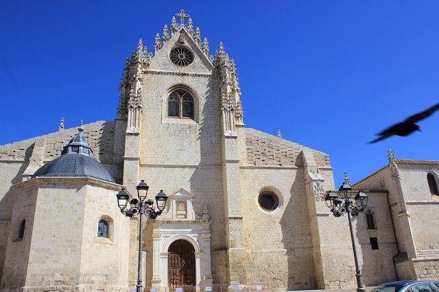 Catedral de Palencia.Puerta de San Antolín