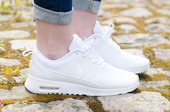 Nike Air Max Blanc Formateurs De Thea