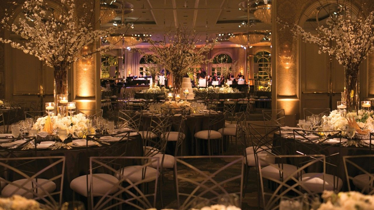 Four Seasons Los Angeles At Beverly Hills Offers A Spectacular Setting For Your Wedding Day With Expansive Terraces Balconies And Landscaped Panoramas