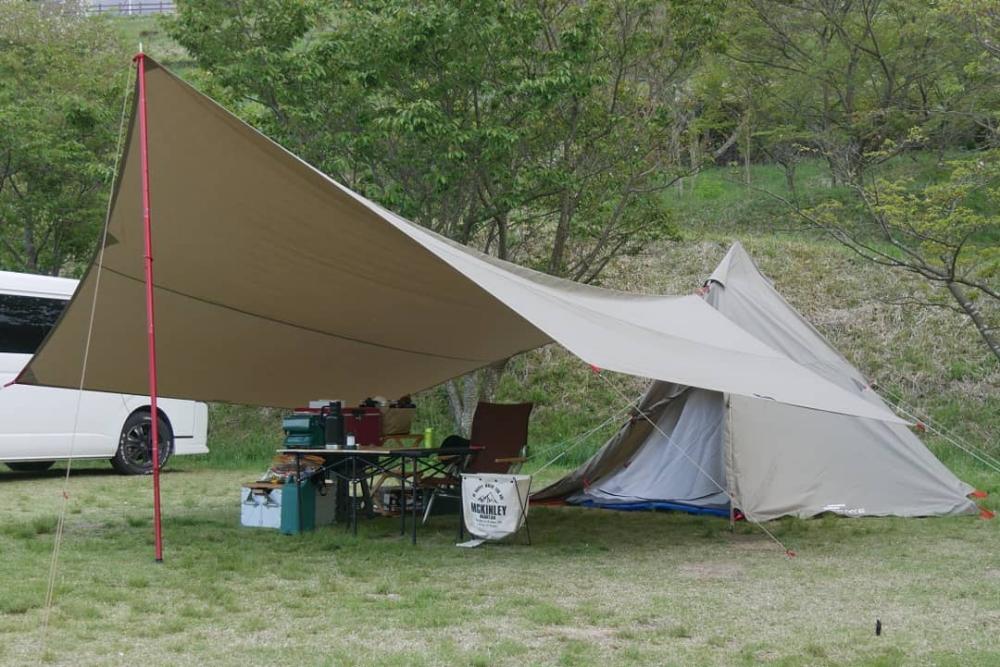 ワンポールテント400のレビュー 口コミ 評判 をご紹介 2020 テント ソロキャンプ ポール