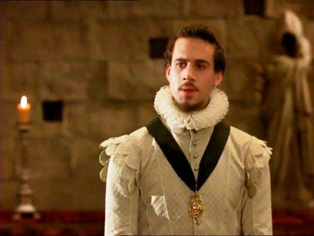 Elizabeth (1998) - Joseph Fiennes as Robert Dudley ...