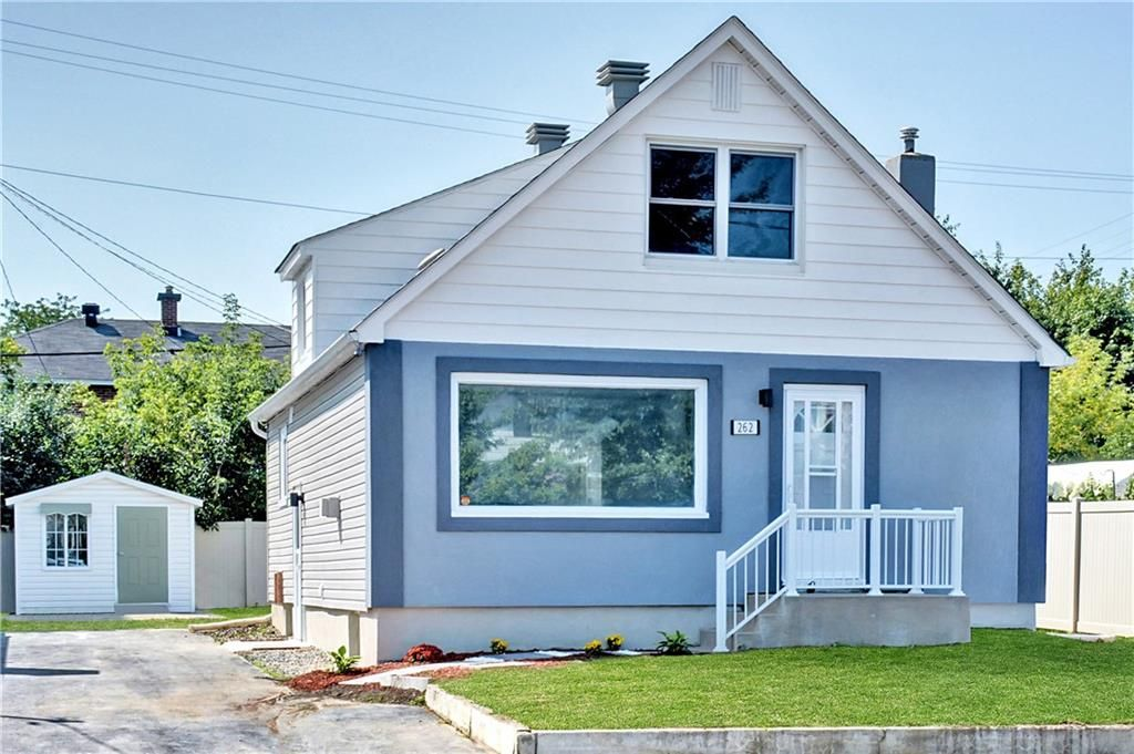Happy Friday everyone! Justed listed to the market and