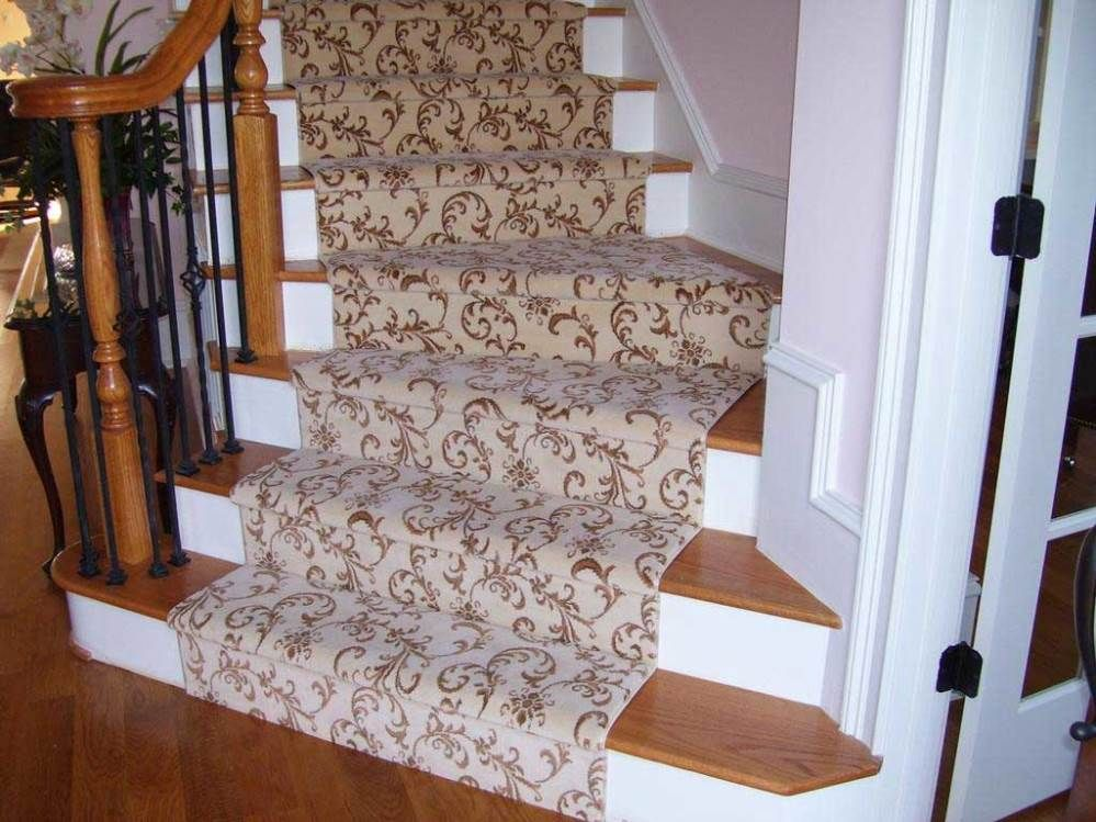 Best Image Result For Stairway Carpet Runner Floral Vine Green Stairway Carpet Carpet Stairs 400 x 300
