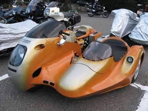 BMW R90 sidecar rig with molded aerodynamic fairing and sidecar body