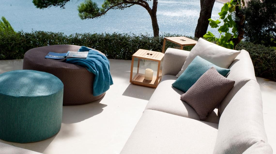 Tribù - Outdoor Pouf #tribu #pouf #sofa #paardekooper ... Outdoor Mobel Set Tribu